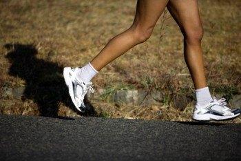 Hacer ejercicio físico. Correr